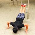 プッシュアップ/公園トレーニング