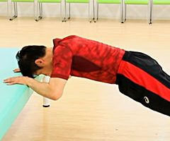 二の腕を引き締める筋トレ方法
